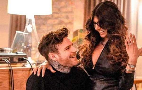 Porn star Mia Khalifa engaged to boyfriend Robert Sandberg. See pics