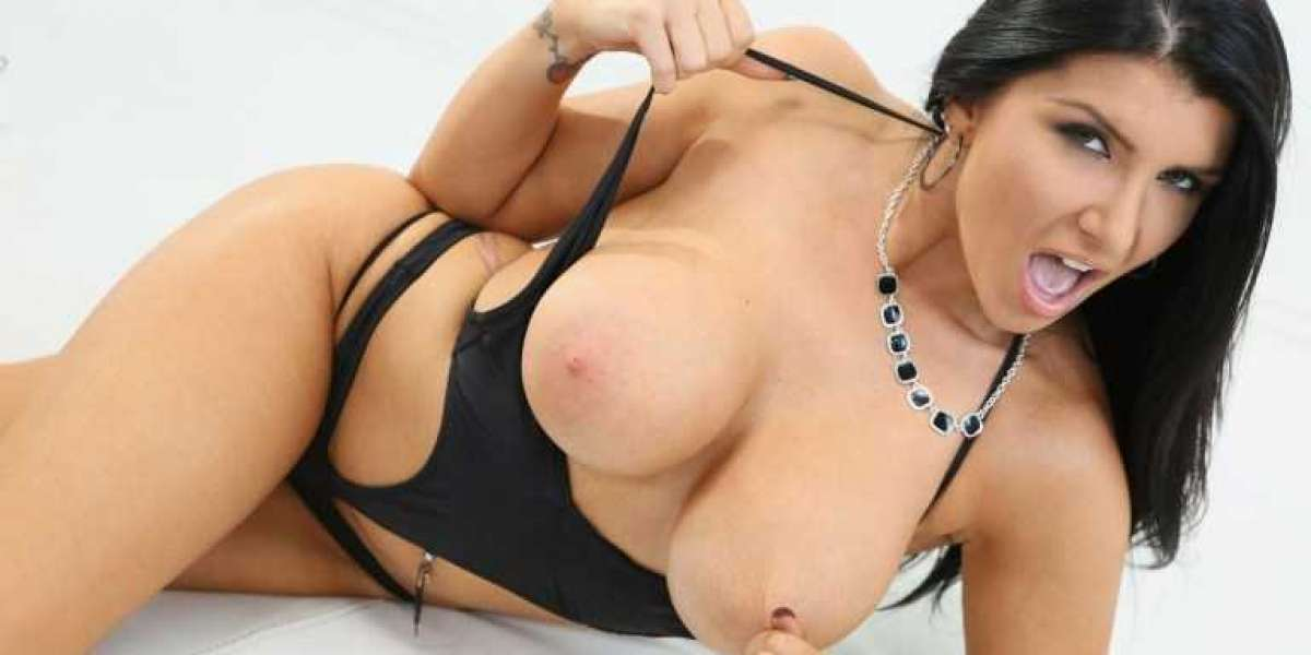 Romi Rain Talks with Captain Jack